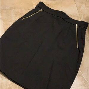 Black pencil skirt with from pocket zippers